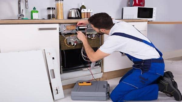 تعمیر ظرفشویی توسط متخصصین آموزش دیده و حرفه ای در مستر امداد