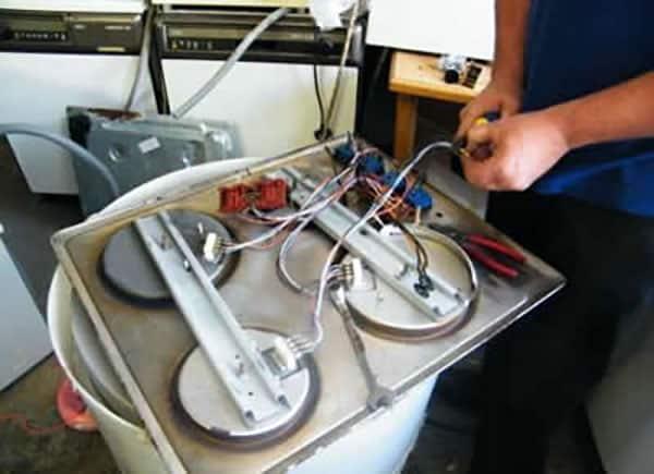 تعمیر اجاق گاز دوو در محل توسط مستر امداد